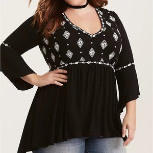 Torrid EMBROIDERED BELL SLEEVE TUNIC, sz 5